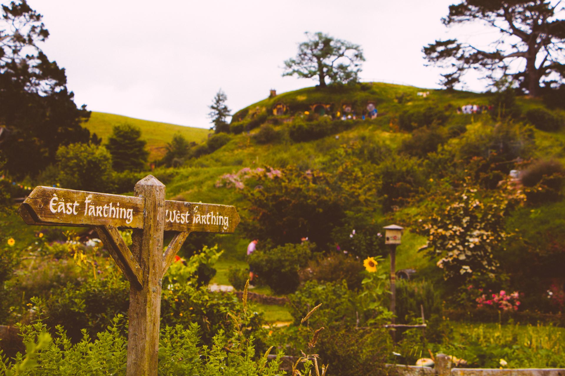 Matamata Hobbiton Signpost