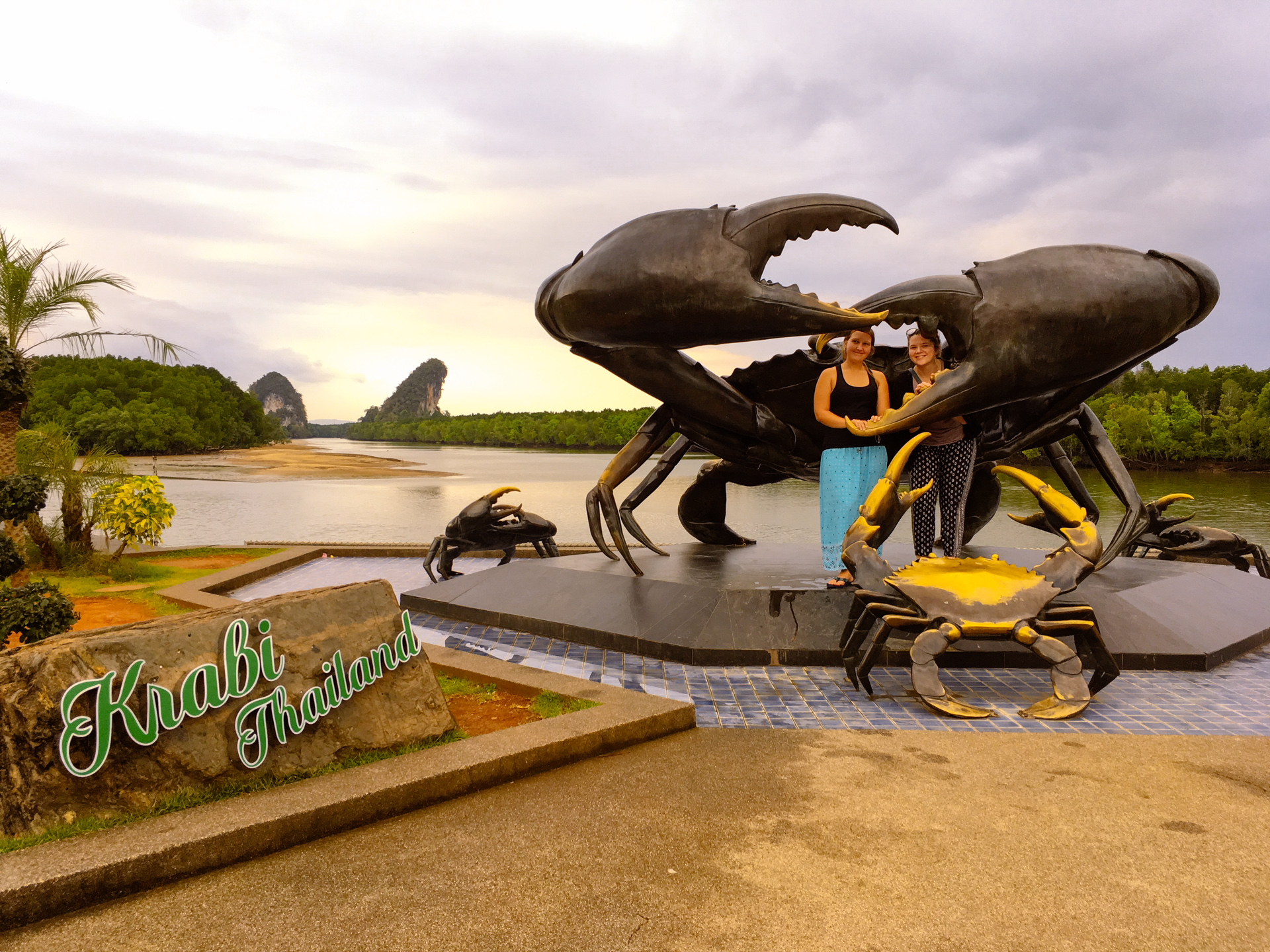 Krabi Crab Bronze Statue