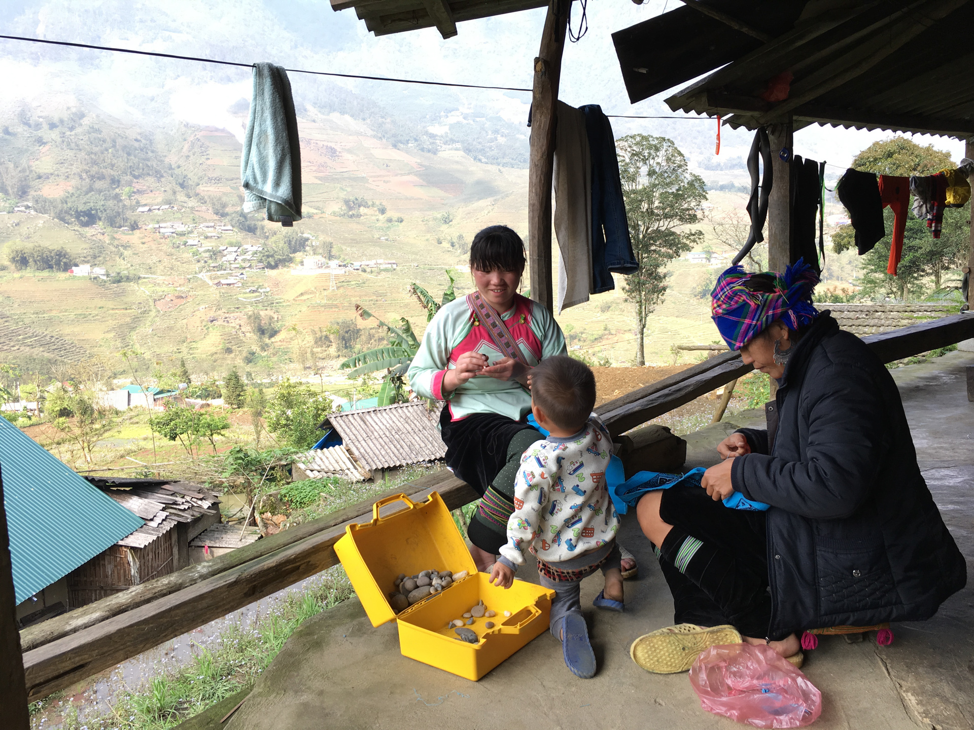 Sapa child in Homestay